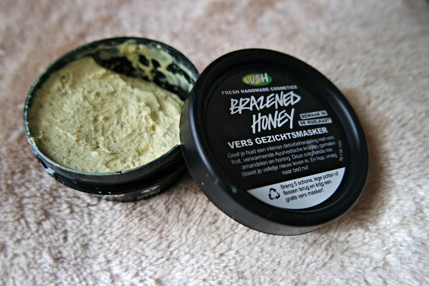 Lush Brazened Honey Fresh Facial Mask