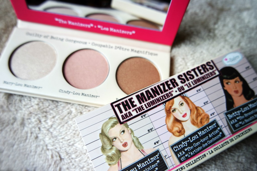 The Manizer Sisters 05