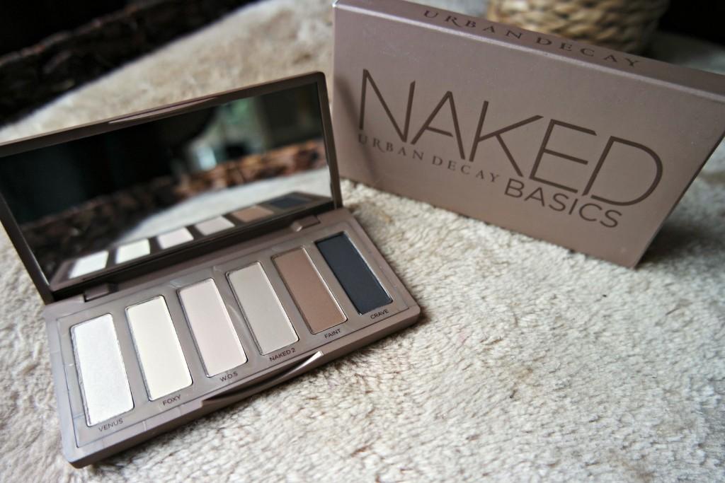 UD Naked Basics 01