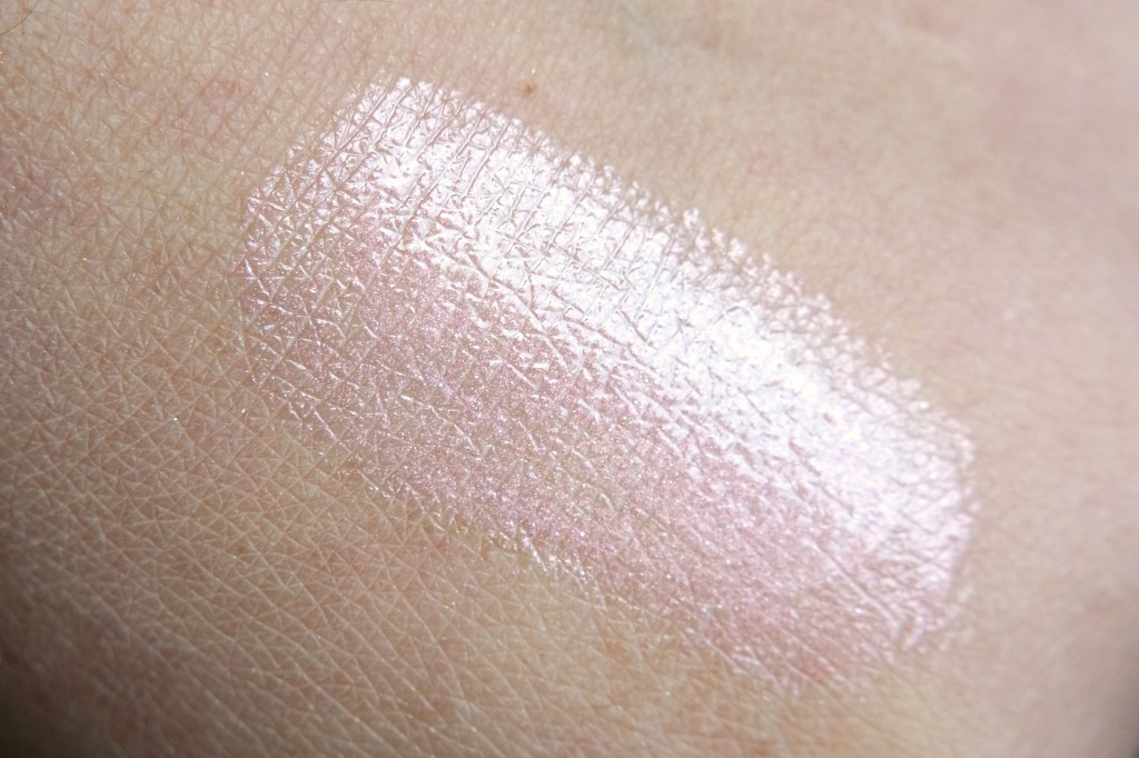 Artdeco Glam Stars Lip Gloss Swatch
