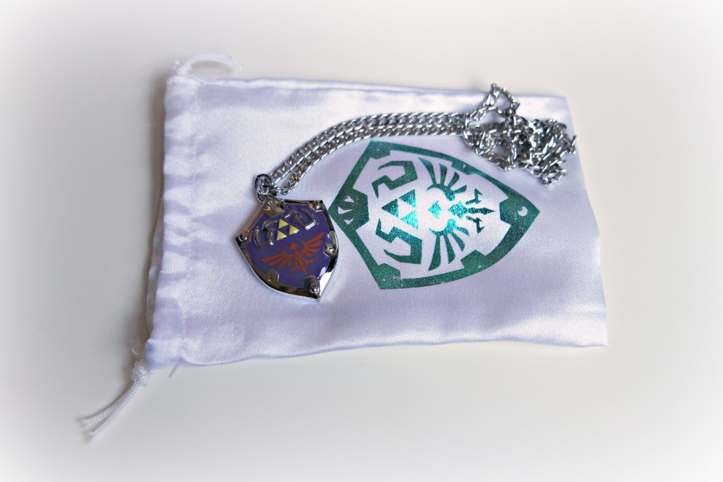 Zelda Hylian Shield Necklace 01
