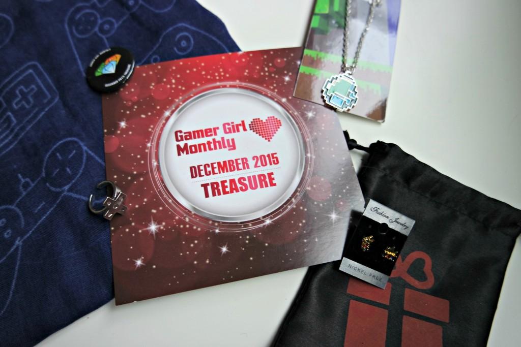 Gamer Girl Monthly December 2015 03
