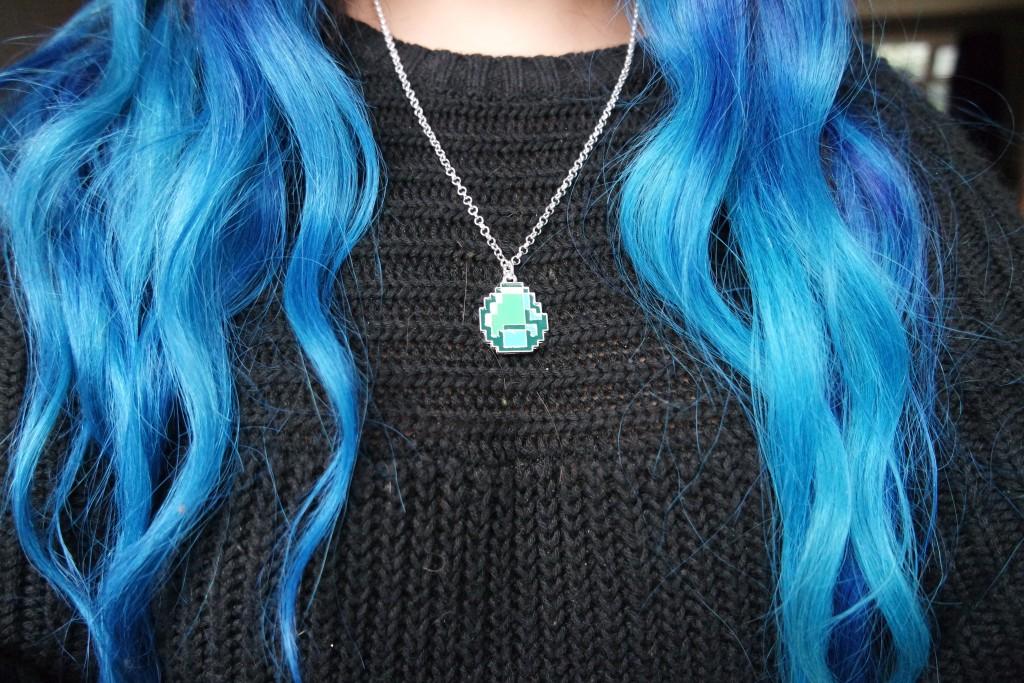 Gamer Girl Monthly Minecraft Diamond Pendant Necklace 02