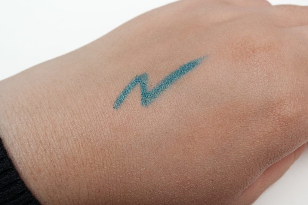 Artdeco 62 Caribbean Sea Swatch