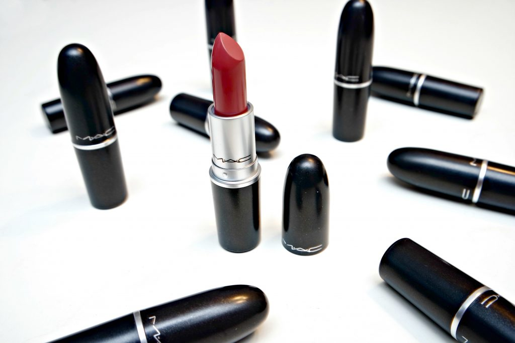 Giveaway MAC Lipstick of Choice 01