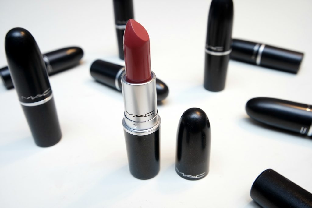 Giveaway MAC Lipstick of Choice 02