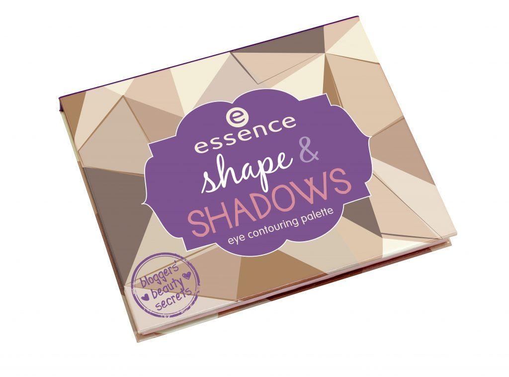 Essence shape & shadows palette Mary Oliver Strikeapose