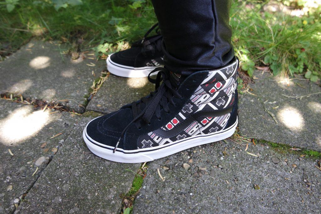 Vans x Nintendo Controller SK8-Hi Reissue Shoes 09