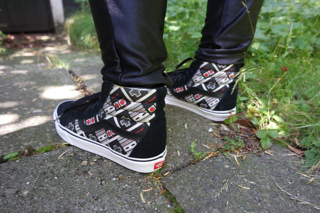 Vans x Nintendo Controller SK8-Hi Reissue Shoes 10