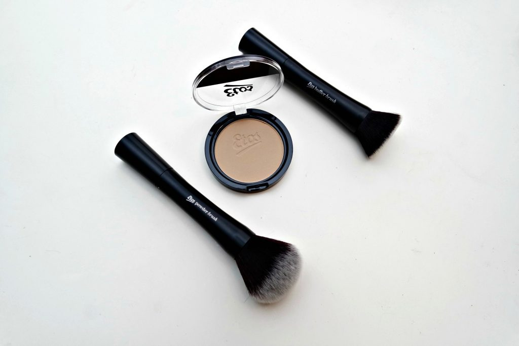 etos-compact-powder-ad-face-brushes-01