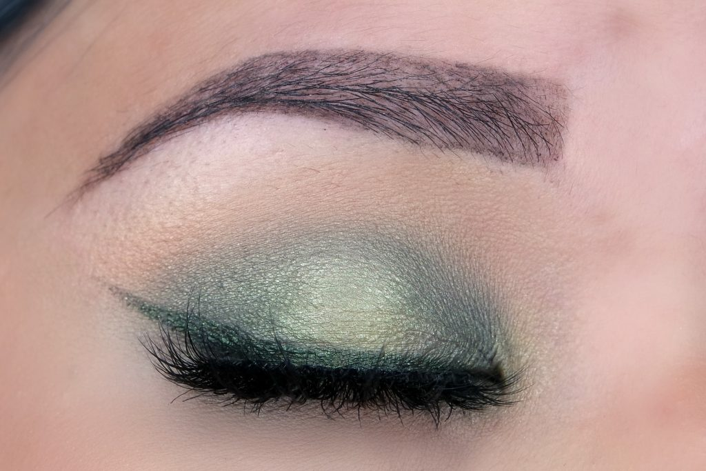 make-up-studio-green-embrace-eyelook-01-the-beautynerd