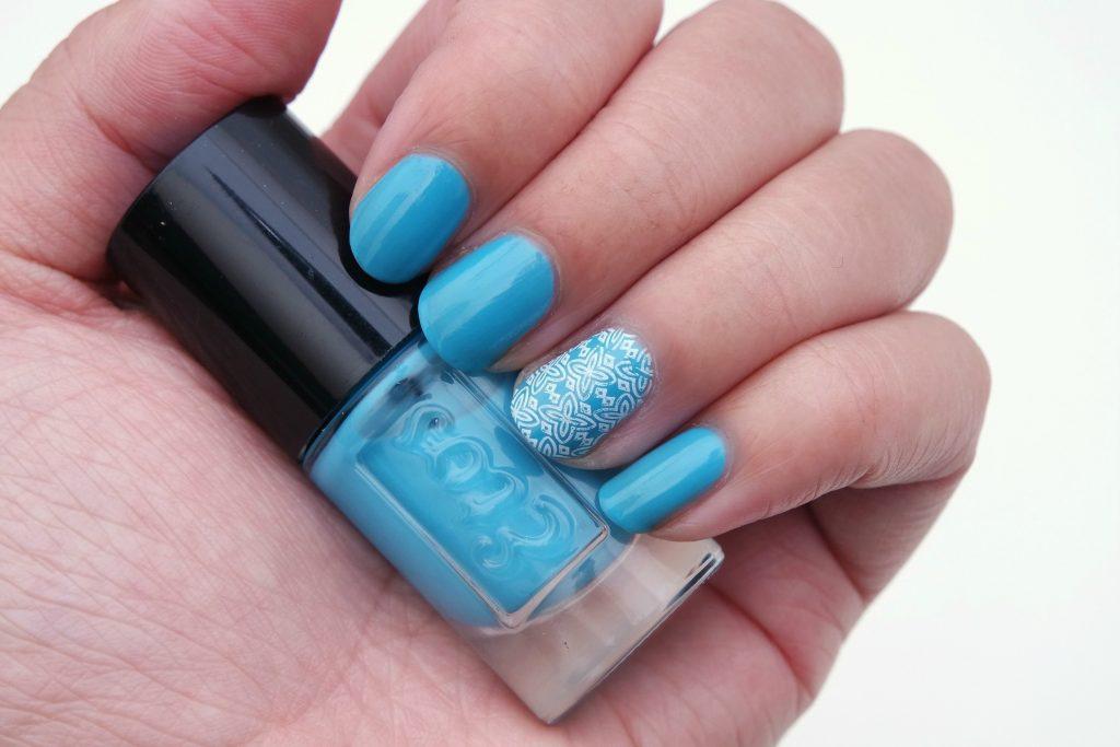 etos-nail-polish-65-deep-ocean-01