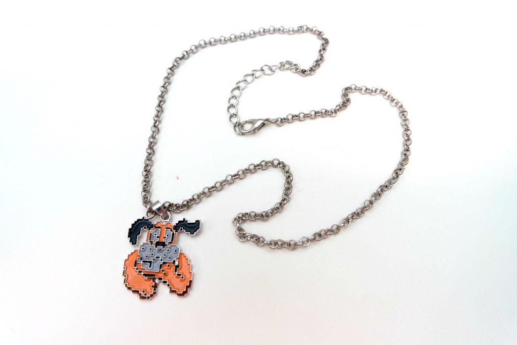 gamer-girl-monthly-september-2016-duck-hunt-necklace-02
