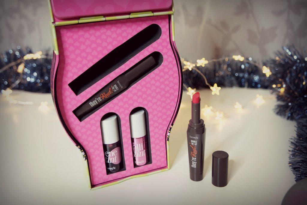 douglas-christmas-gift-ideas-benefit-cosmetics-02