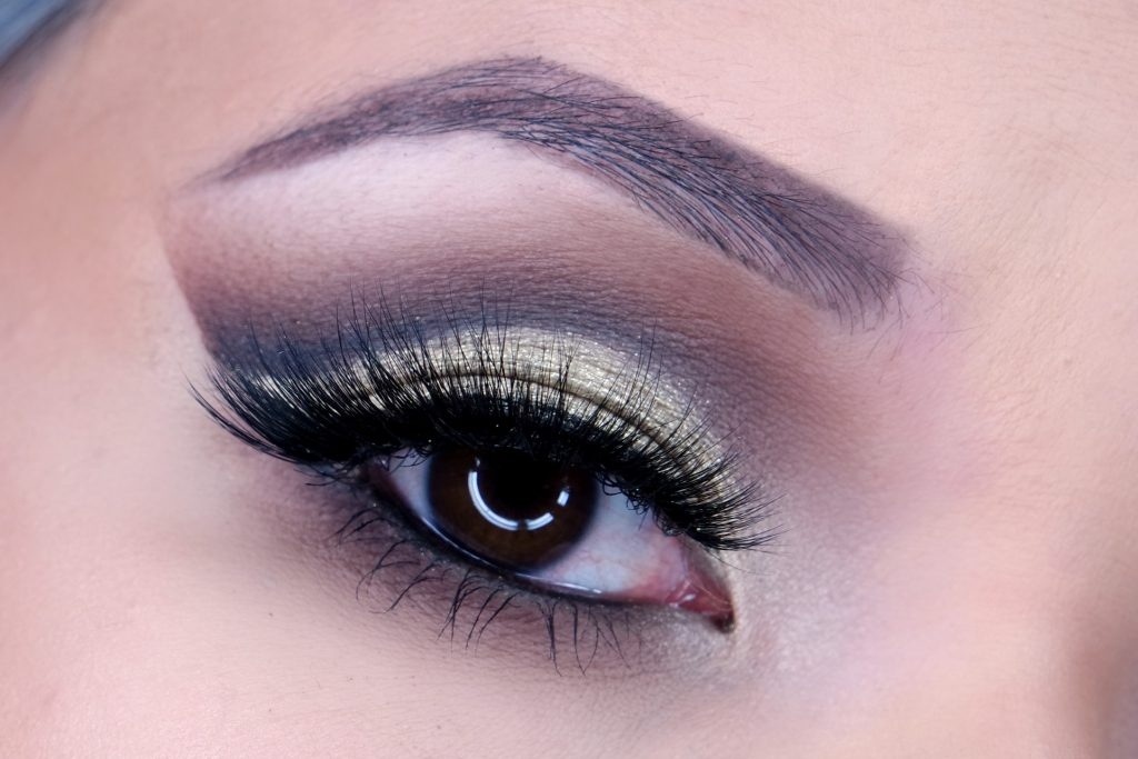 the-beautynerd-christmas-look-2016-eyes-02