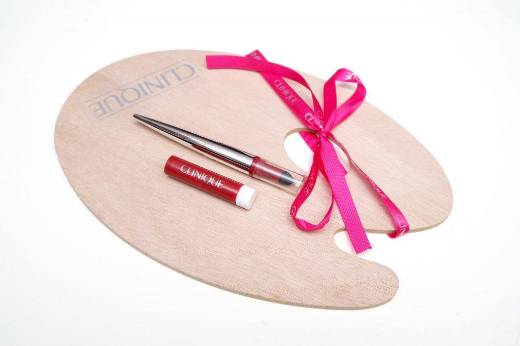 CliniquePop Lip Shadow Cushion Matte Lip Powder