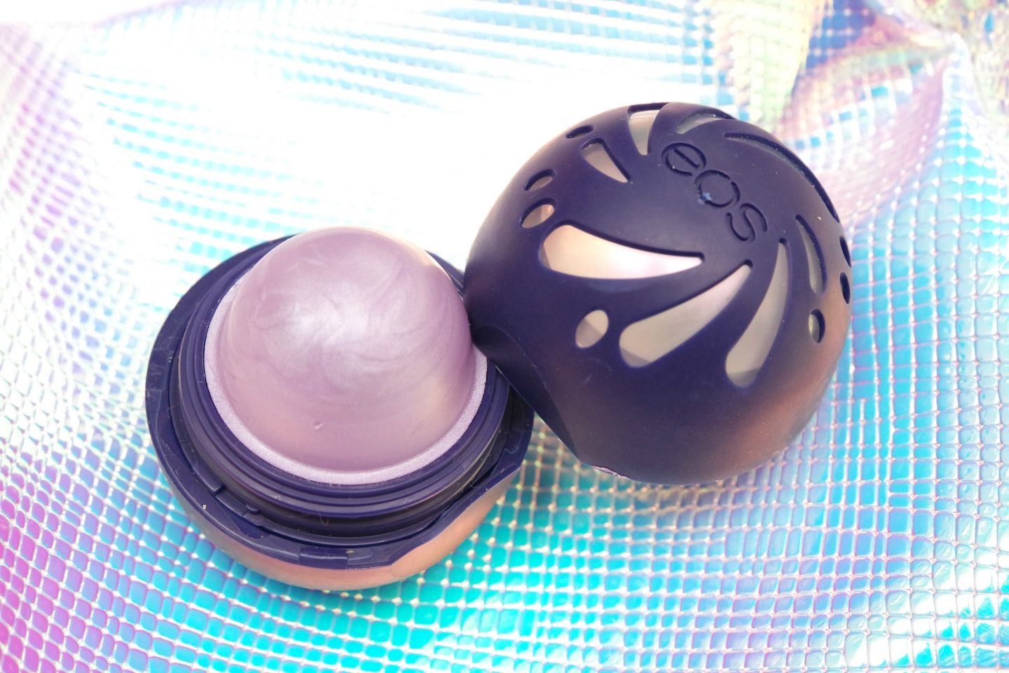 eos Shimmer Iridescent Lip Balm Review