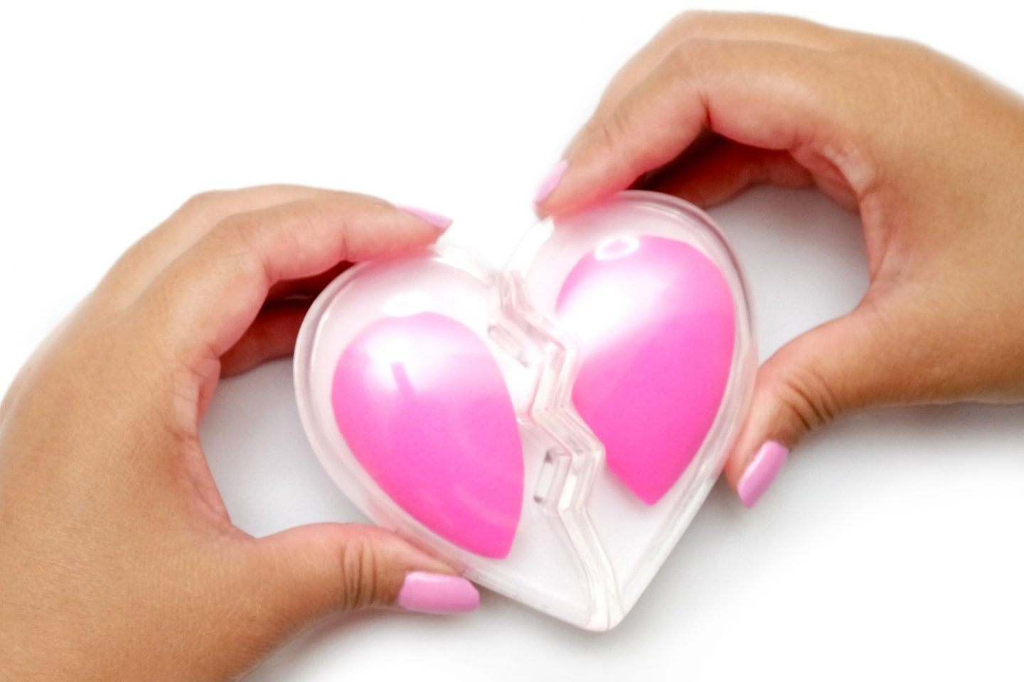 Share Your Heart with the Original Beautyblender BFF set