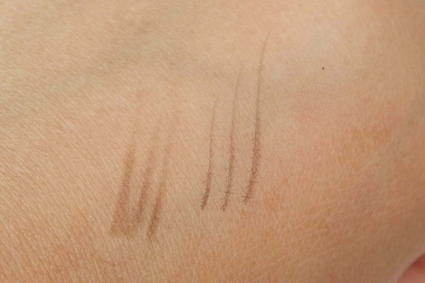 Urban Decay Brow Blade Dark Drapes Swatches