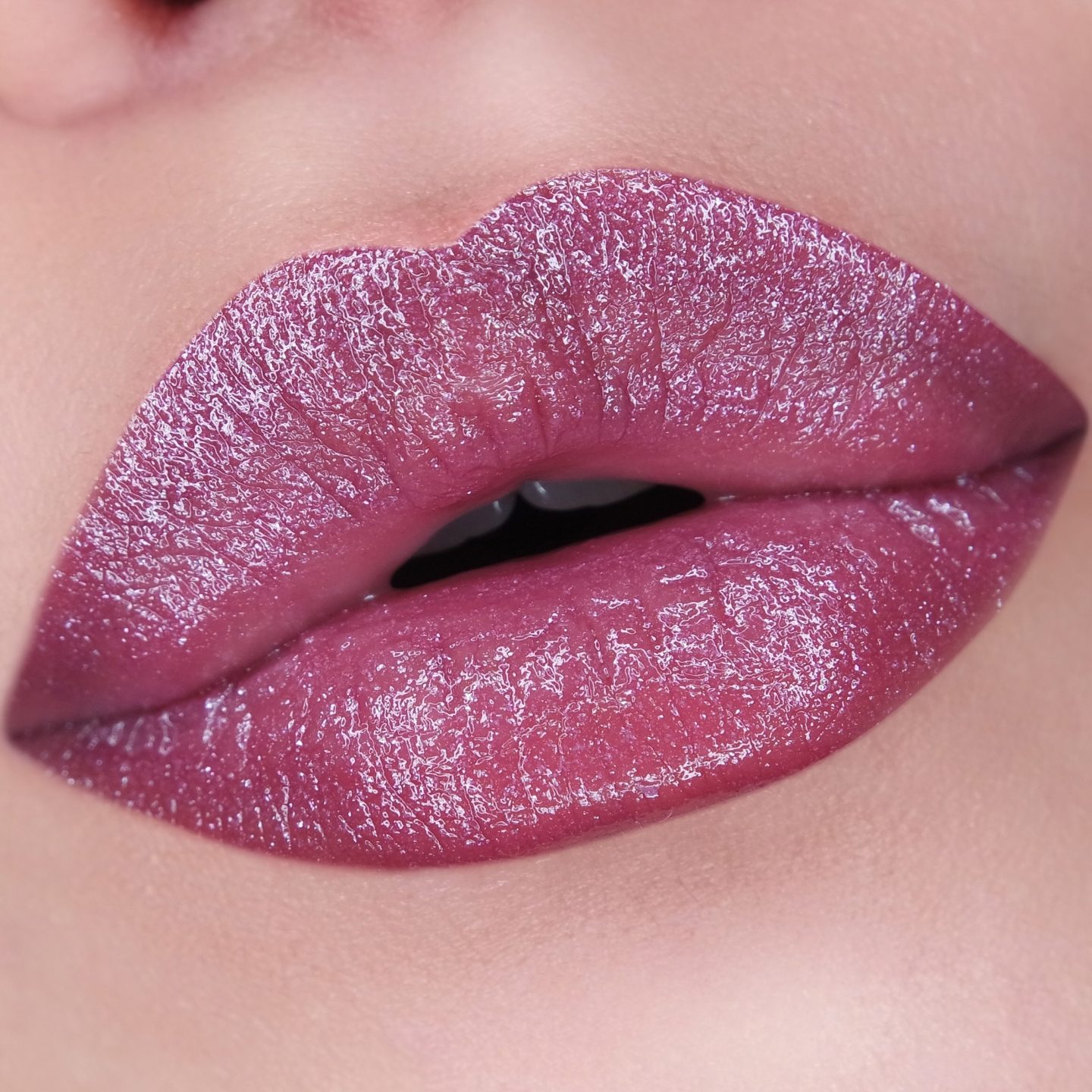 Estée Lauder Pure Color Love Lipstick in Luna Orchid Swatch