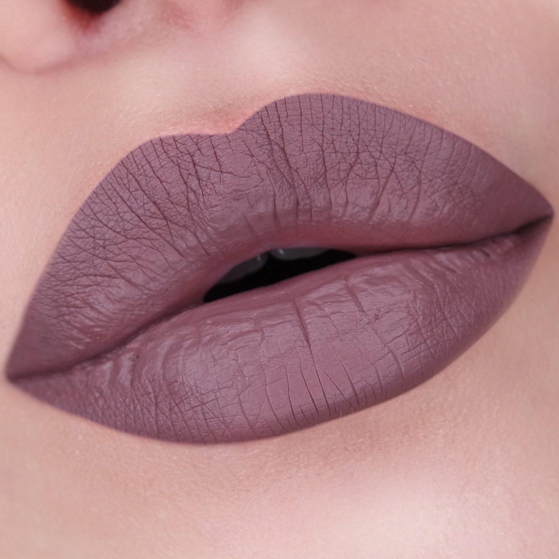 Beste MAC Cosmetics Retro Matte Liquid Lipcolour Review - The Beautynerd OA-07